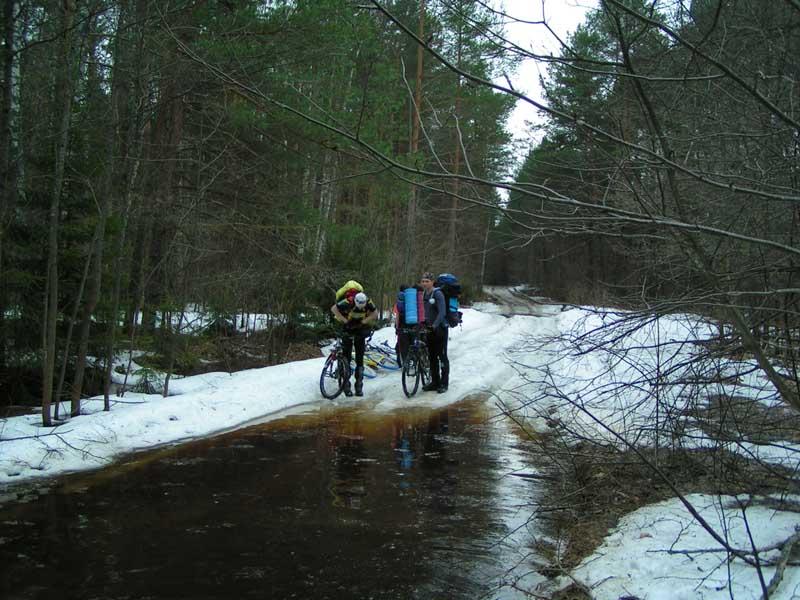 http://www.realbiker.ru/Travels/2005-04-16-17/shved540.jpg